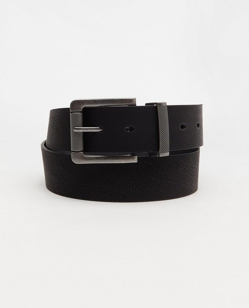 Zwarte riem - met ingekerfd detail - JBC