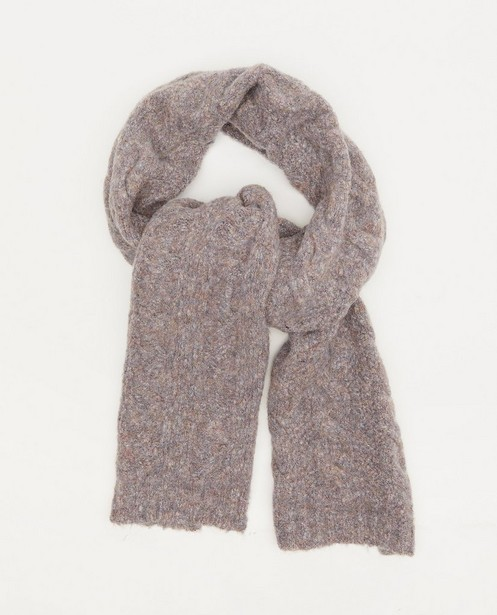Sjaal met kabelpatroon Pieces - in paarsbruin - Pieces